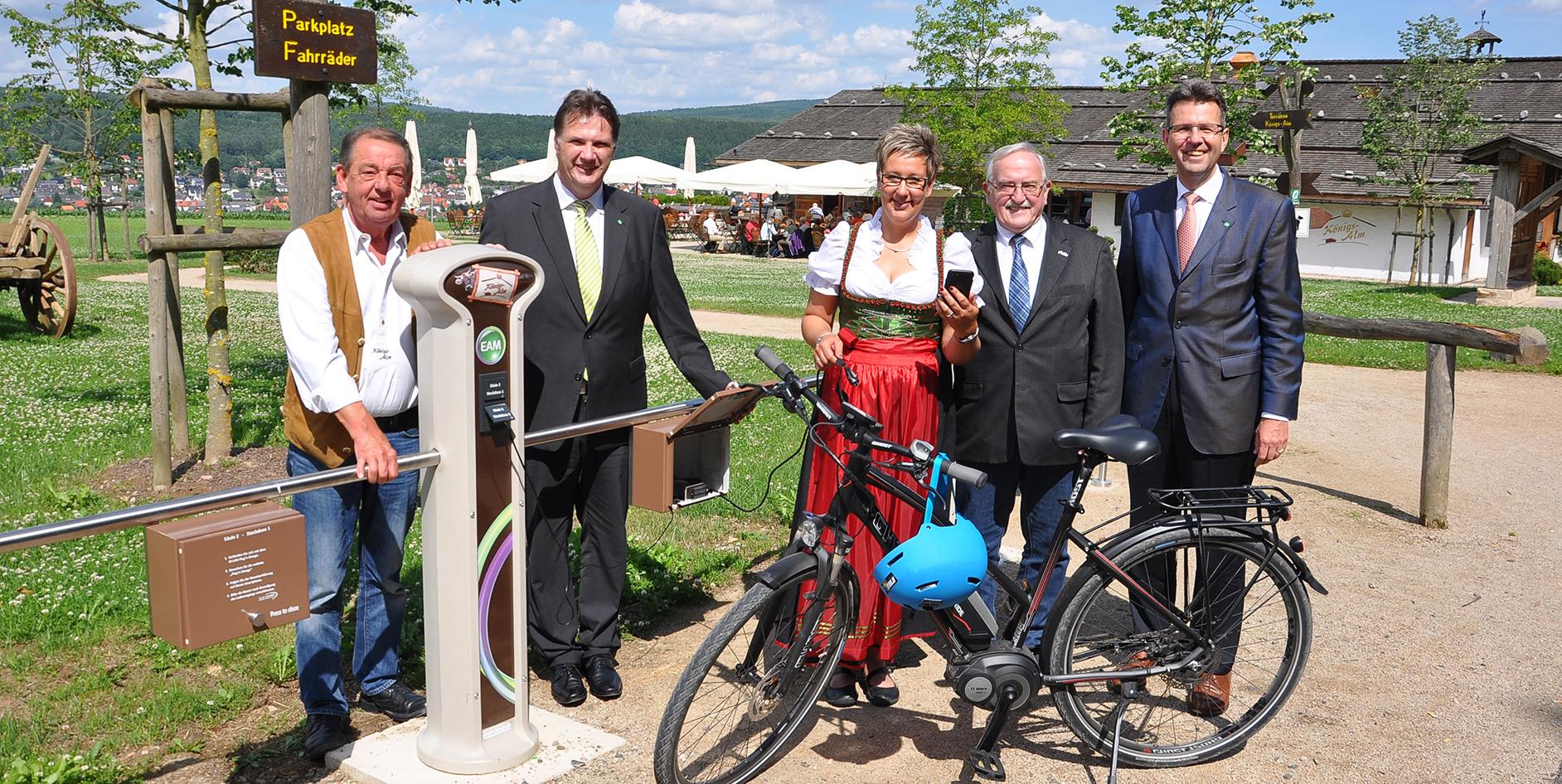 Königsalm: E-Biker können kostenlos EAM-Strom tanken