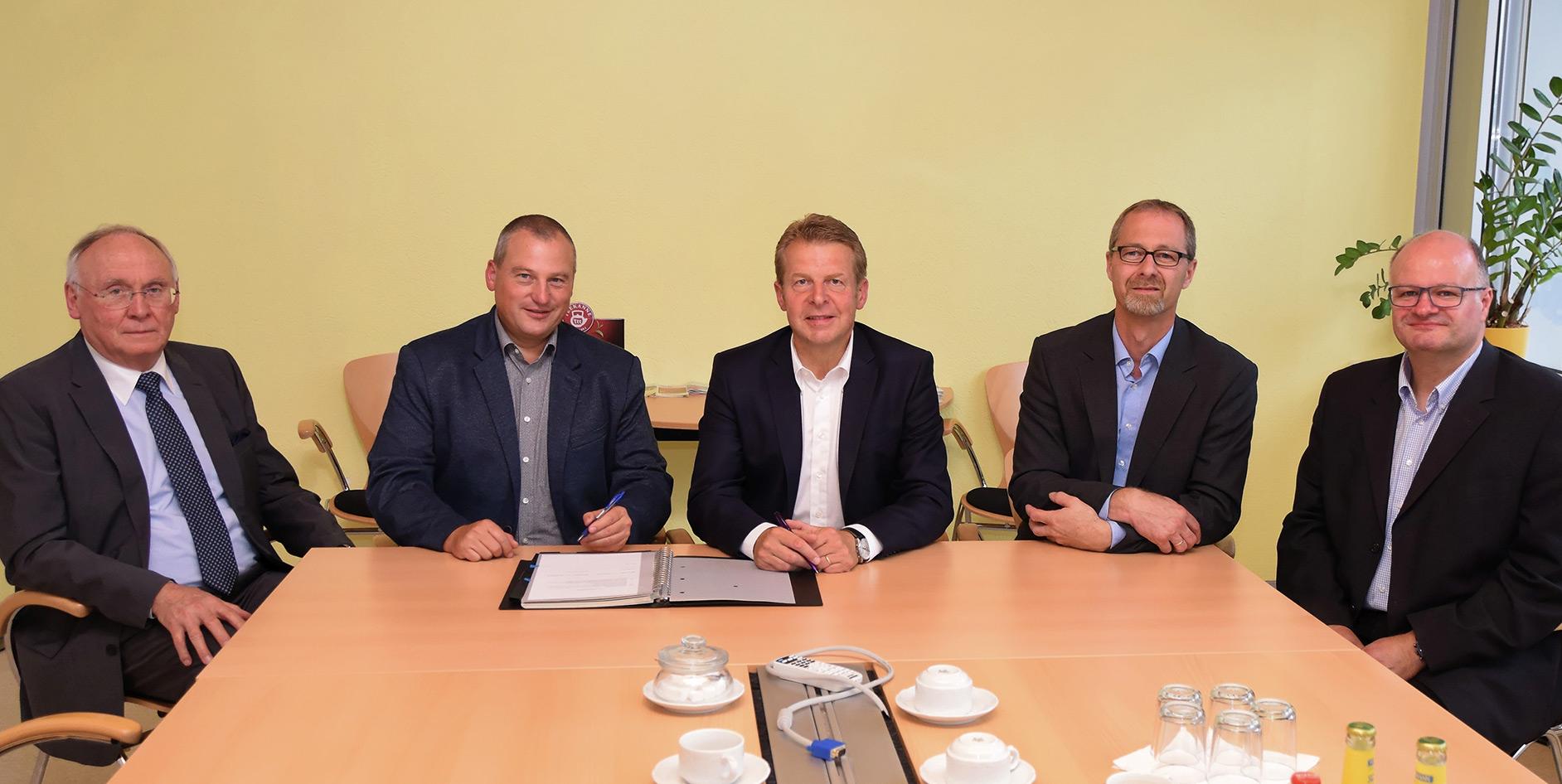 Unterzeichnung der Konzessionsvertrags mit der EAM in Braunfels.