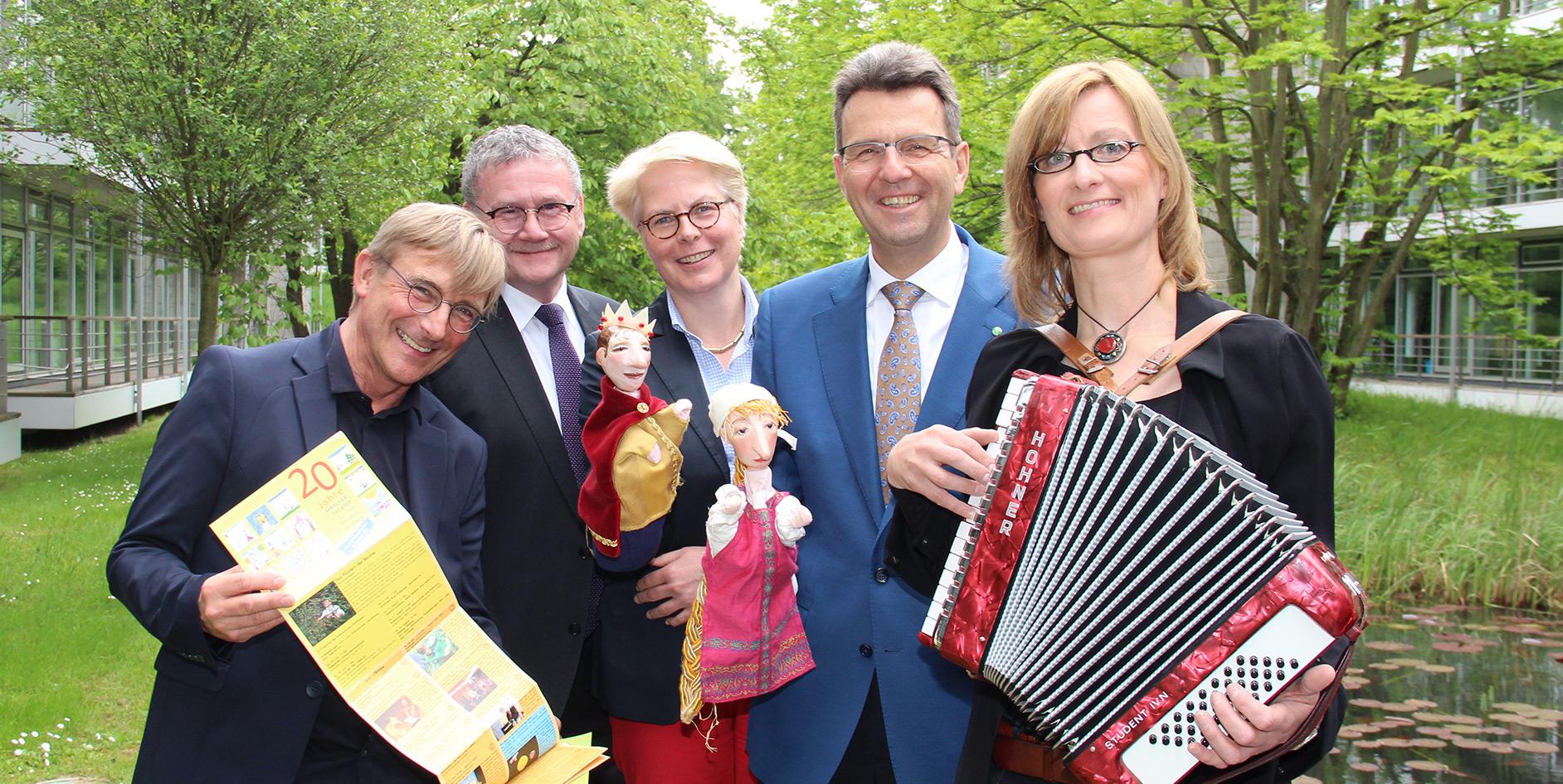 """Die EAM unterstützt auch in diesem Jahr die Veranstaltungsreihe """"Märchentheater am Märchenlandweg und in der Grimmheimat""""."""