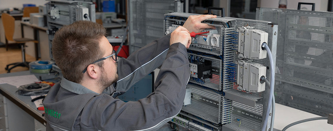 EAM Ausbildung Elektroniker Elektronikerin für Betriebstechnik